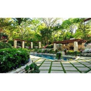 33 JRSTN-033 Natural Stone Garden