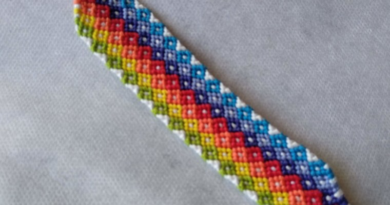Creating Diamonds in a Friendship Bracelet