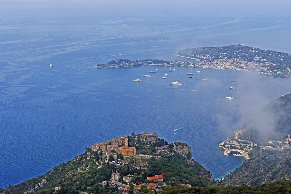 bay of eze 15