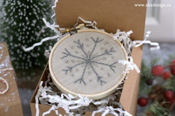 ideas for decorating my living room christmas realty make your own snowflake embroidery hoop ornaments
