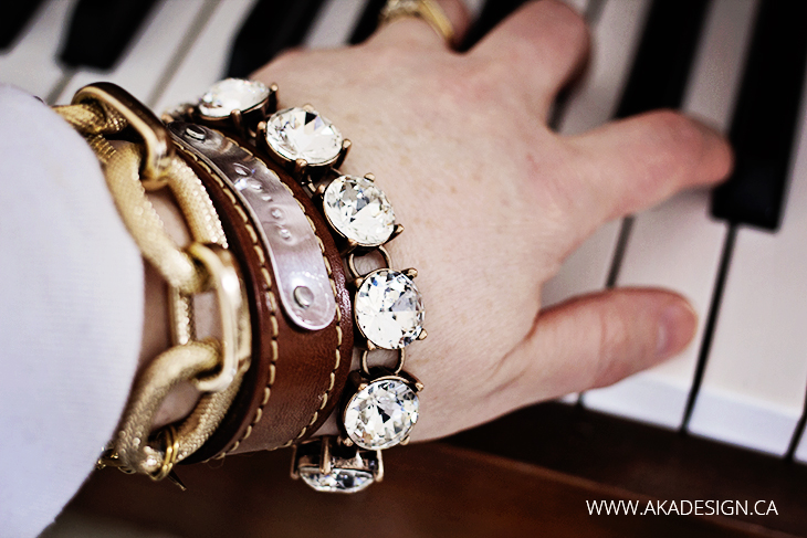 make leather bracelet from a belt + custom metal stamped tag | www.akadesign.ca