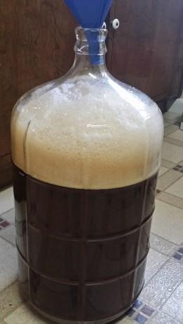 Barley Wine, Foam After Funneling