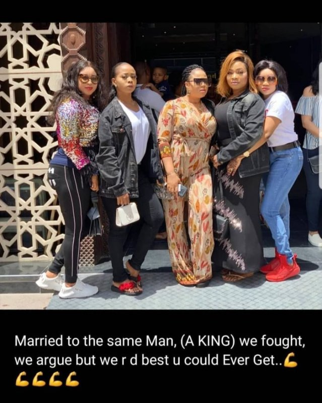 Alaafin Of Oyos Young Wives Pose Together1
