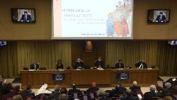"Highlights from presentation of ""Fratelli tutti"""