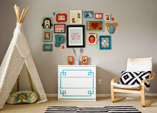 Wall Wednesday - Turquoise And Orange Kids Room