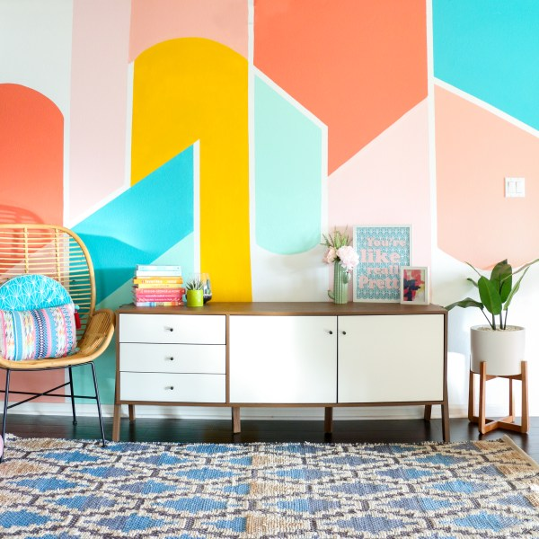 Diy Painted Geometric Wall - Kailo Chic Life