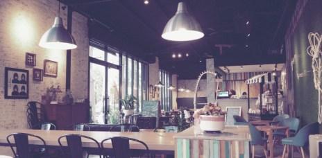 【台中南屯】白貓散步 GattoBianco -輕食、早午餐 (近圓滿劇場)