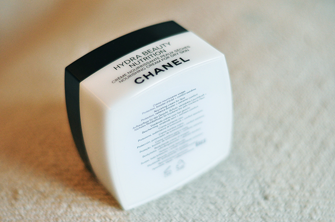 Hydra Beauty Nutrition - { Chanel } | www.akanksharedhu.com | Standing Jar