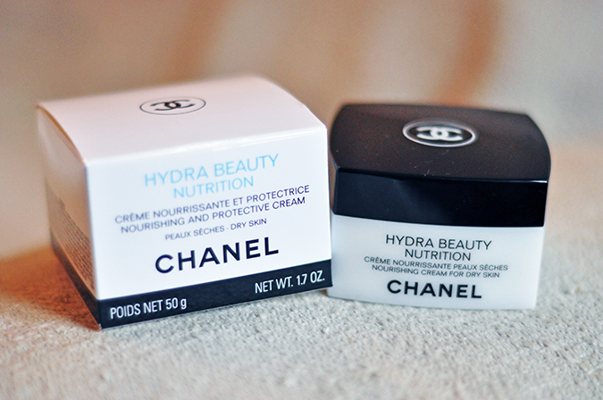 Hydra Beauty Nutrition - { Chanel } | www.akanksharedhu.com | Carton & Jar