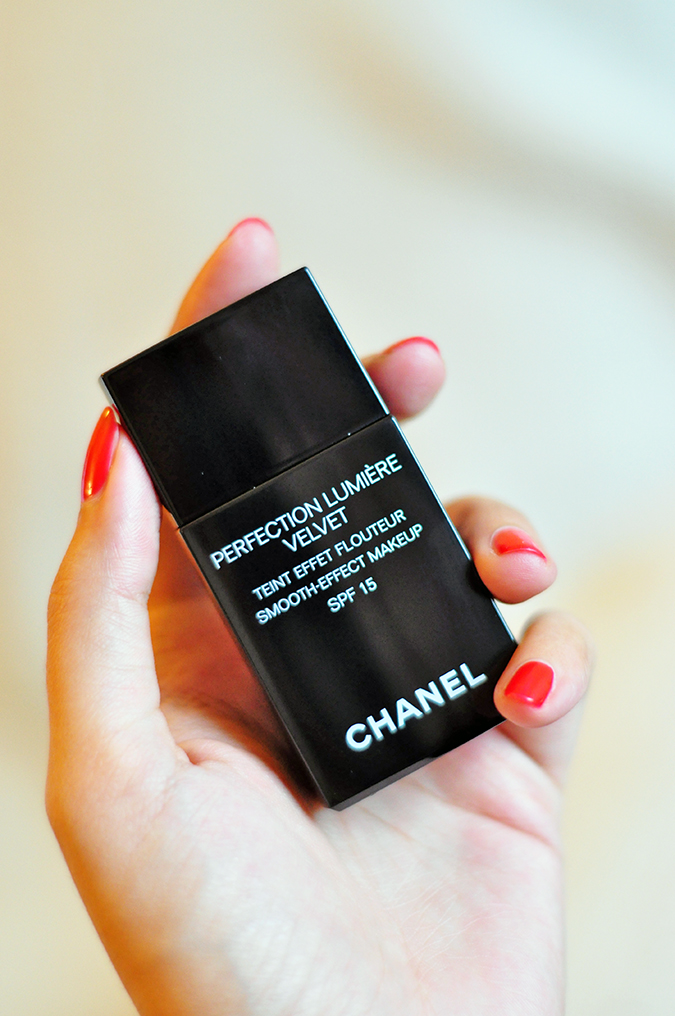 PERFECTION LUMIÈRE VELVET | Chanel | www.akanksharedhu.com | In hand single