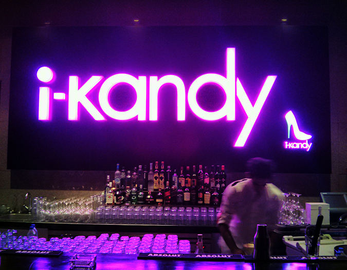 Fragrance 101 | Delhi Duty Free | www.akanksharedhu.com | Bar at i-Kandy