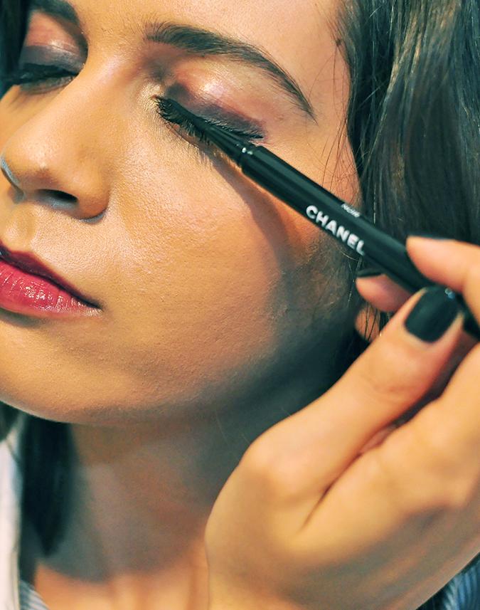 COLLECTION ÉTATS POÉTIQUES | Chanel | www.akanksharedhu.com | eyeliner on eye