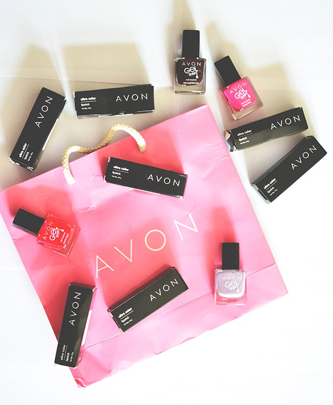 Avon India | www.akanksharedhu.com | pink avon bag