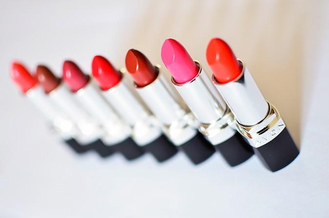 Avon India | www.akanksharedhu.com | lipsticks standing in line