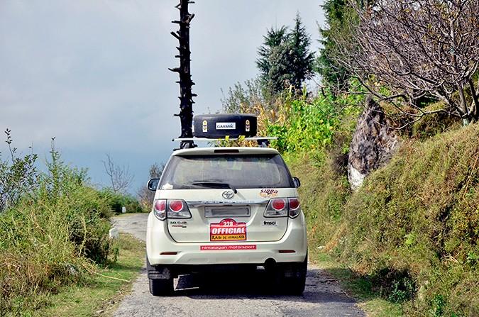 Raid de Himalaya | www.akanksharedhu.com | enroute jalori pass
