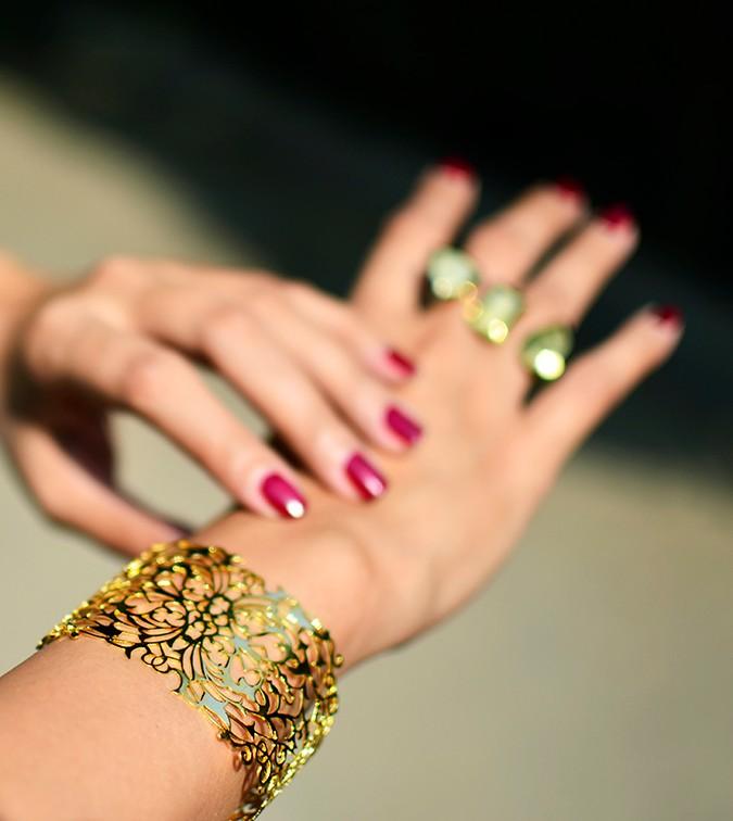 #FutureHeirlooms | Eina Ahluwalia | www.akanksharedhu.com | wearing baroque cuff