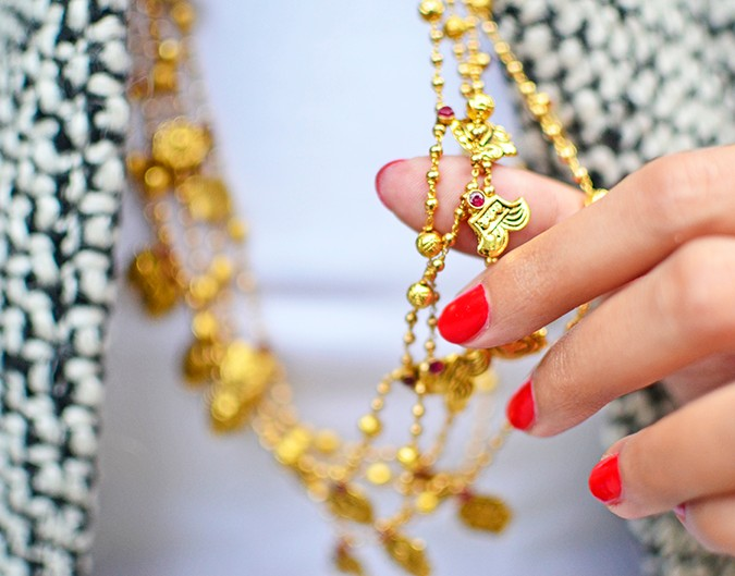 Gold Jewelry | LoveGold | #akanksharedhu | necklace closeup wide