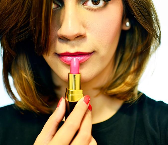 Rouge Coco Lipstick | Chanel | Akanksha Redhu | 450 ina on lips