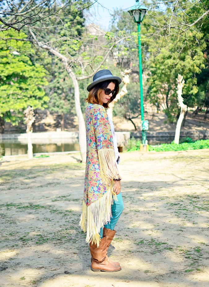 Hippie Kimono | Akanksha Redhu | full side straight