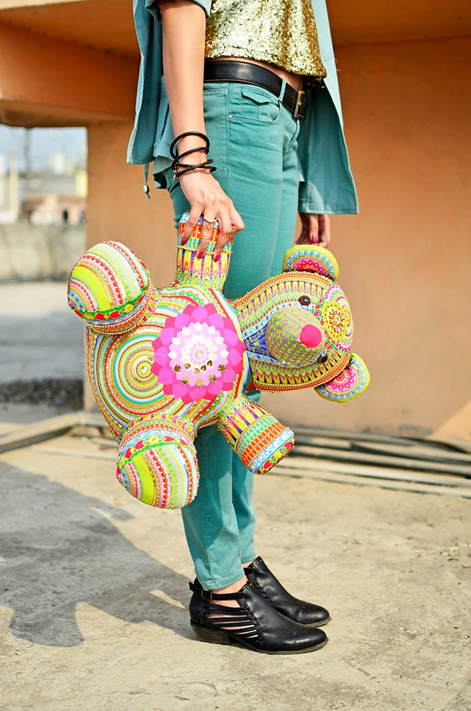 Manish Arora Teddy Bear | ExclusivelyIn | Akanksha Redhu | hanging lower half side