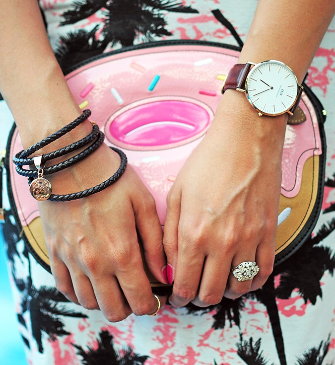 The Sweet Tropical | Akanksha Redhu | clutch with accessories