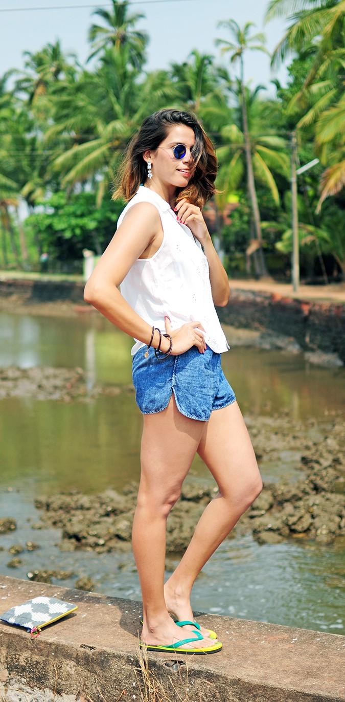 Blanc Frais | Goa | Akanksha Redhu | full side closer