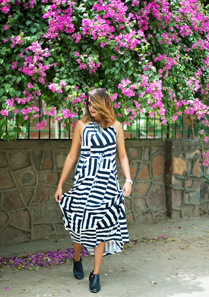 Gap India | Akanksha Redhu | #GapIndia | full front dress in both hands