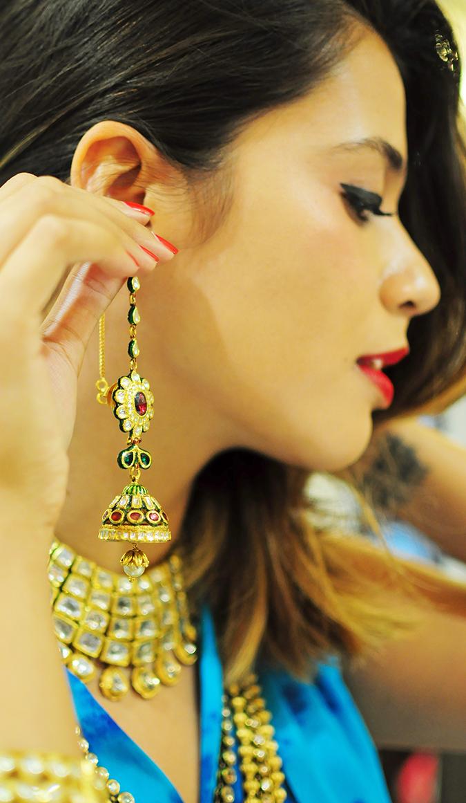 Marwari Weddings | Tanishq | Akanksha Redhu | wearing dangling earring