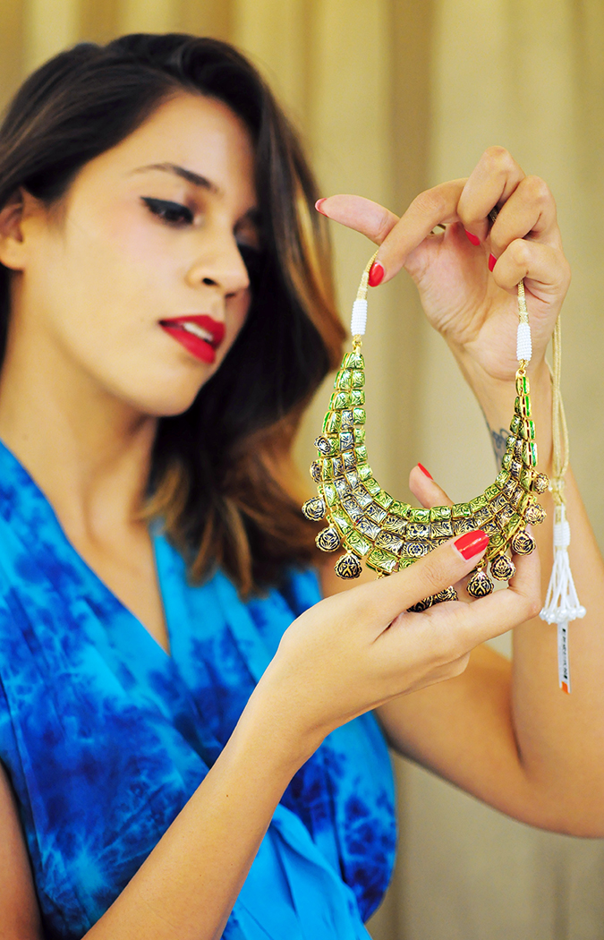 Marwari Weddings | Tanishq | Akanksha Redhu | back of polki necklace