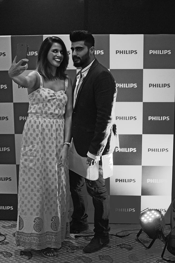 Philips Bodygroomers Launch with Arjun Kapoor | Akanksha Redhu | taking selfie bnw