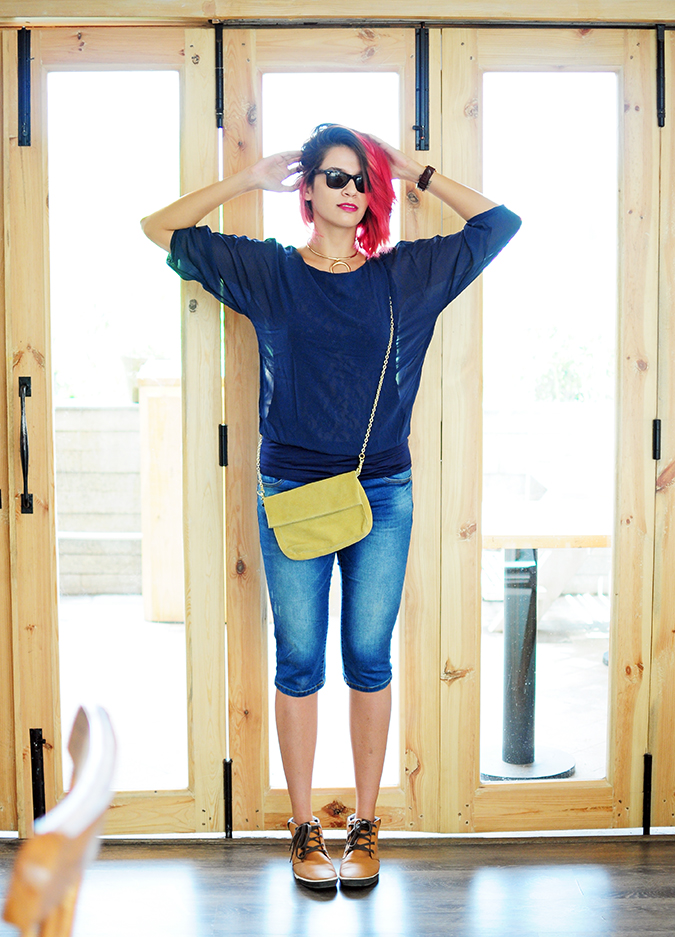 Brunch in Blue | Akanksha Redhu | full front arms up with doors