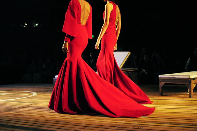 Monisha Jaising | The Sailing Bride | Akanksha Redhu | aicw | red gowns