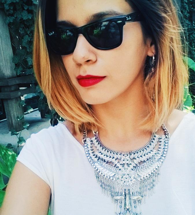 New York City | #RedhuxNYC | selfie with necklace
