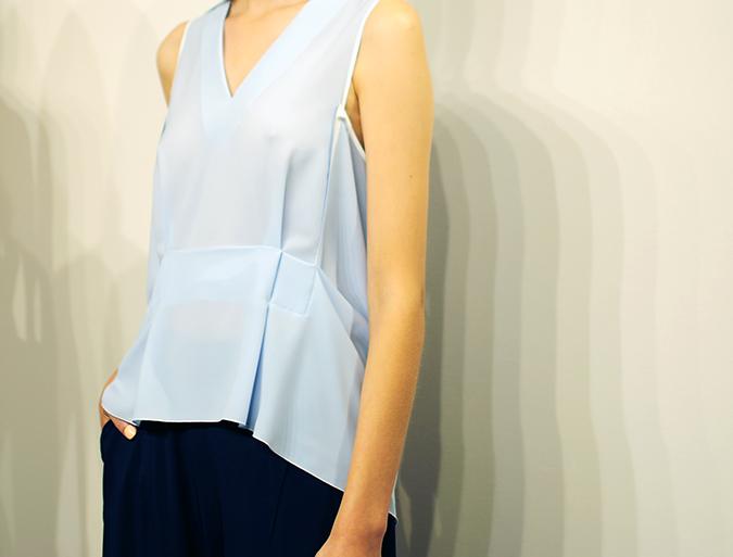 O'2nd | NYFW | Spring-Summer 2016 | Akanksha Redhu | blue top closeup