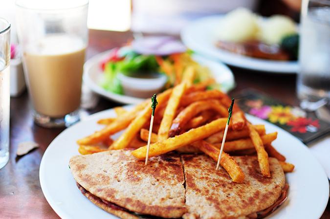 Airbnb | New York City | #RedhuxNYC | sugar cafe sandwich