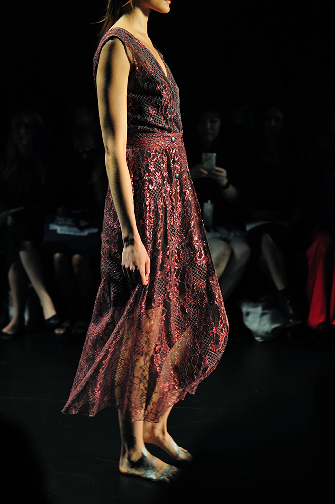 Francesca Liberatore | NYFW | #RedhuxNYC | sangria lace side