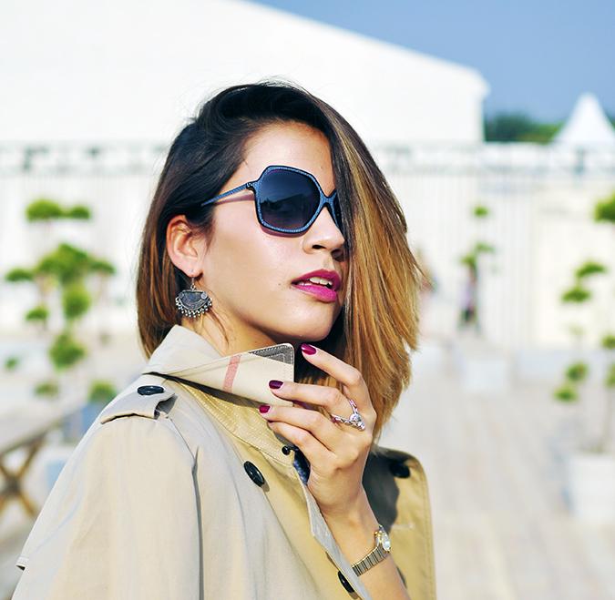 AIFW | Akanksha Redhu | #AIFWSS16 | Burberry | wide face