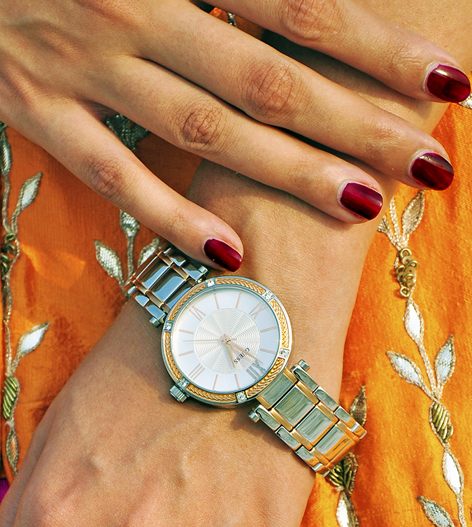 Anita Dongre | Akanksha Redhu | #ootd | watch with nails