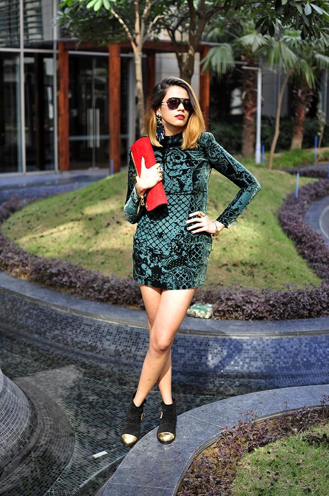 Balmain x H&M   #HMBalmaination   Akanksha Redhu   full front dress legs crossed