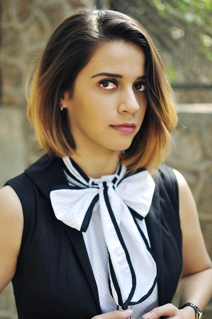 Kaaryah | Akanksha Redhu | face and bow