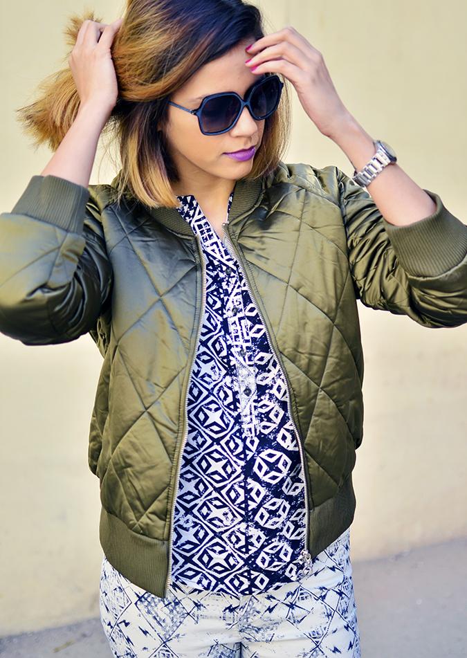 Print Life | Vero Moda | Akanksha Redhu | half front jacket hair in hand