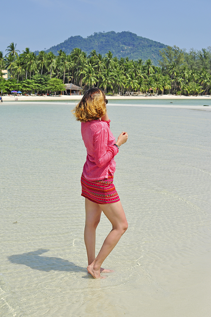 Coconut Beach | Koh Samui | Akanksha Redhu | #RedhuxKohSamui | full back hill back