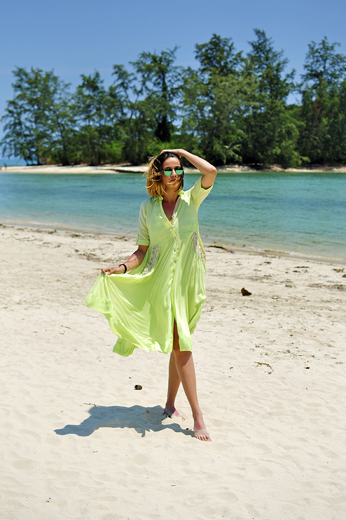 Chichouse | Choeng Mon Beach | Koh Samui | Akanksha Redhu | full front legs crossed arm up