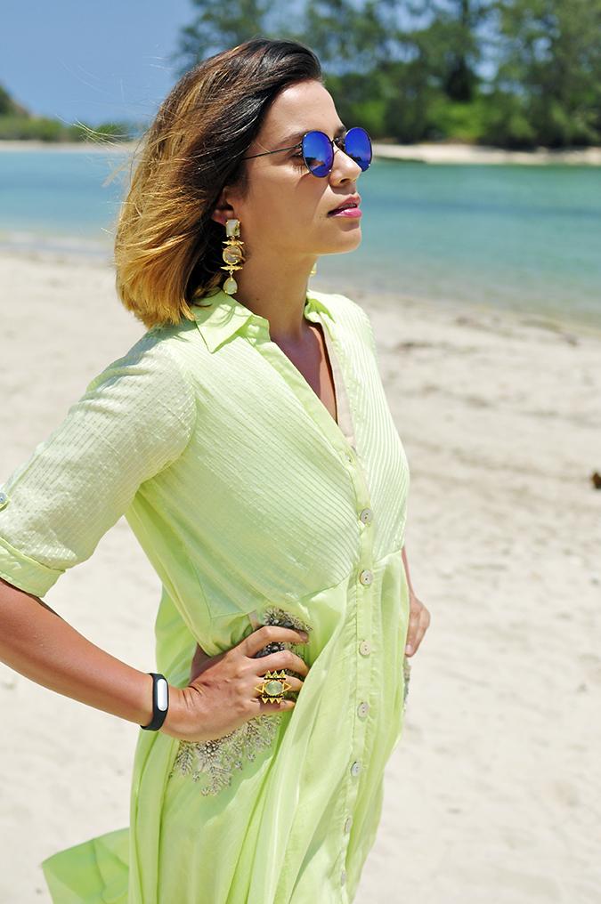 Chichouse | Choeng Mon Beach | Koh Samui | Akanksha Redhu | half side arms on waist