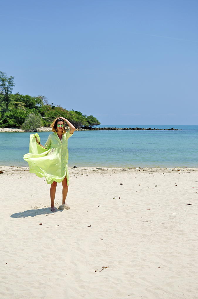 Chichouse | Choeng Mon Beach | Koh Samui | Akanksha Redhu | flying dress with hand far