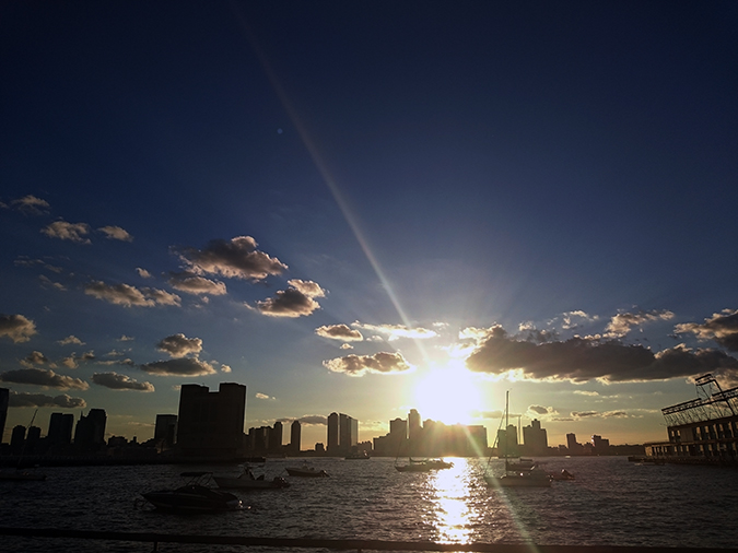 Hudson River Greenway | Akanksha Redhu | #RedhuxNYC | #eyesfornewyork | sunbeam