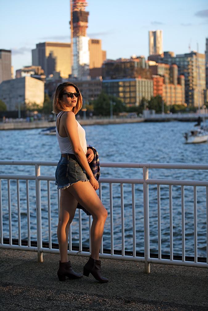 Hudson River Greenway | Akanksha Redhu | #RedhuxNYC | #eyesfornewyork | full sdie golden water