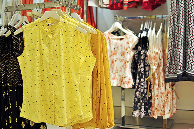 Wills Lifestyle | Akanksha Redhu | yellow tops wide