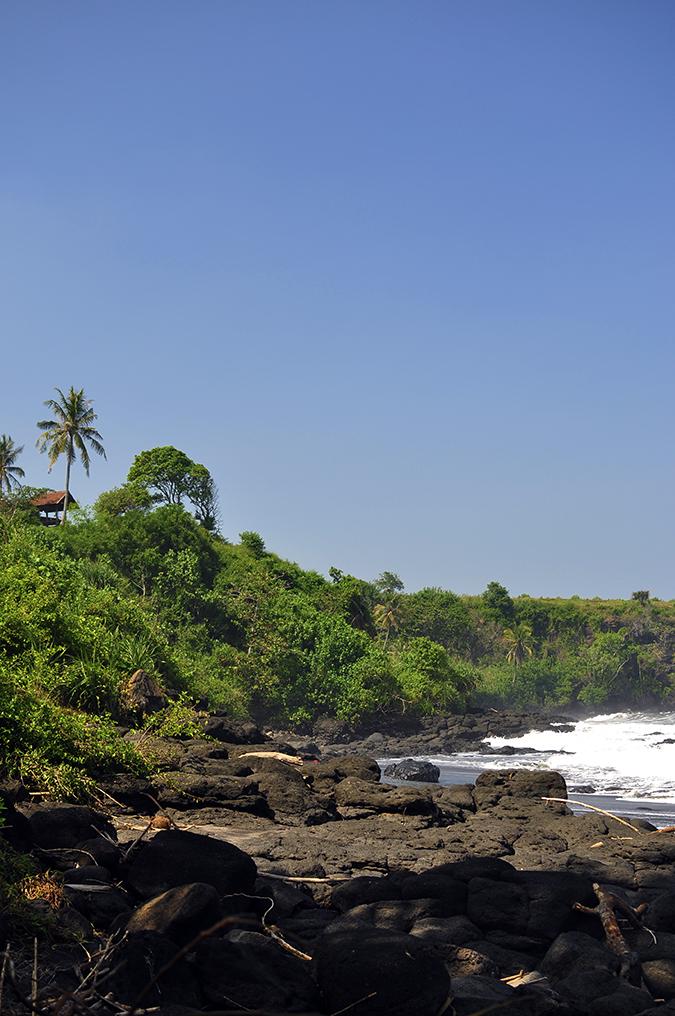Soka Beach Bali | Akanksha Redhu | soka rocks view long