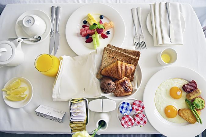 Emirates Holidays | Dubai | Akanksha Redhu | taj in room breakfast